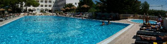 Ecoresort Le Sirene: la piscina