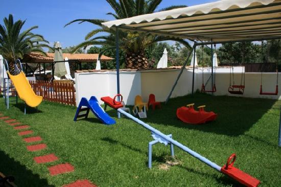 Frini, Hellas: playground 2