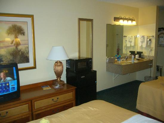Best Western Crystal River Resort: Another view of the nice room