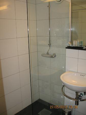 Radisson BLU Hotel Haugesund: Newly renovated bathroom 2
