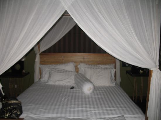 Moon Villas: Master bedroom upstair at Moon Villa
