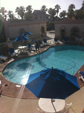 BEST WESTERN Port Aransas: View of pool from 2nd floor walkway