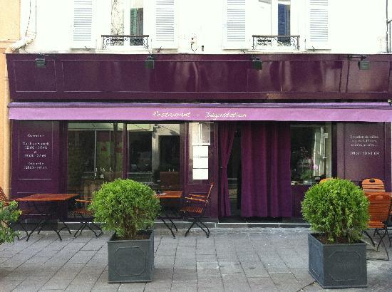 le patte noire rueil malmaison restaurant avis num ro. Black Bedroom Furniture Sets. Home Design Ideas
