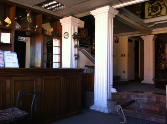 Hotel Villa Real San Felipe: hotel lobby