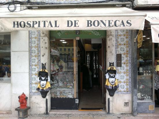 Pancho Tours: Hospital for Dolls