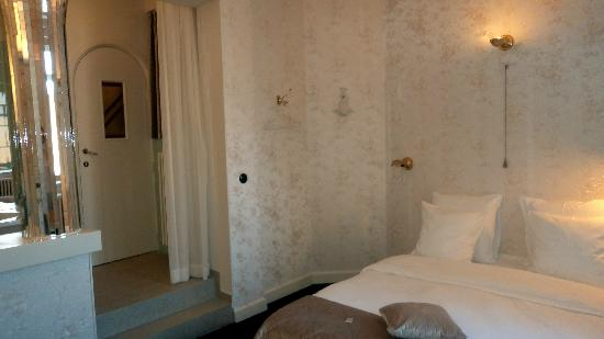 Hotel Le Berger: room 509