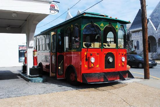 ‪Historic Marietta Trolley Company‬