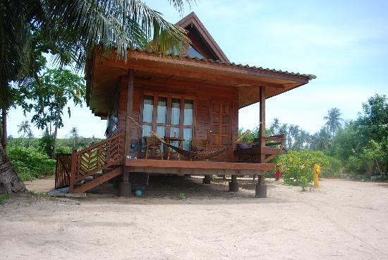 Big Easy: Bungalow #1--beachfront