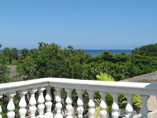 Maison Gautreaux: 6. View of the Caribbean from the jacuzzi