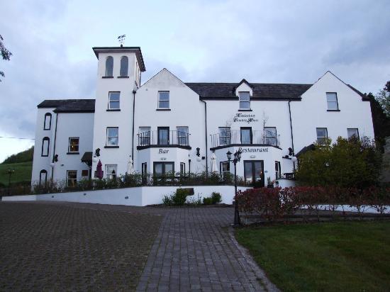 Knockninny Country House & Marina