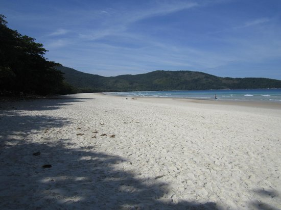 Ilha Grande, RJ: Perfect day at the beach (Lopez Mendes)