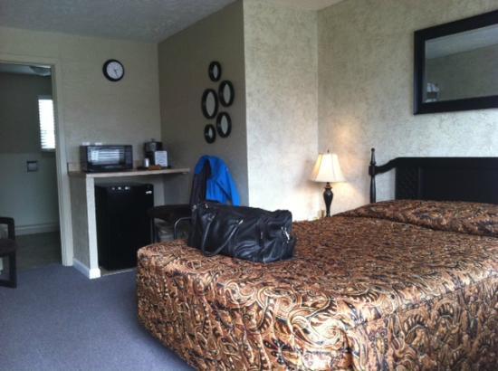 Sage n Sand Motel: My nice room