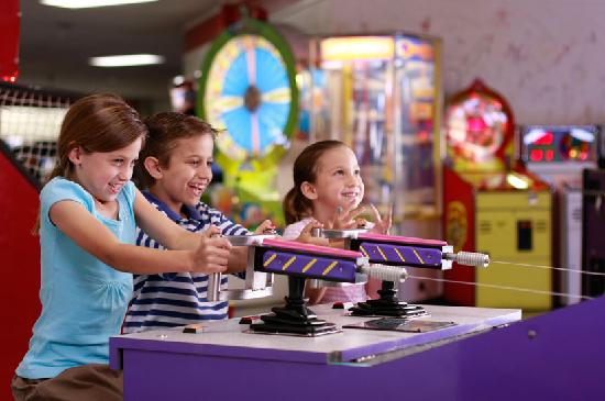 Family Fun Center: Arcade full of video and redmption games