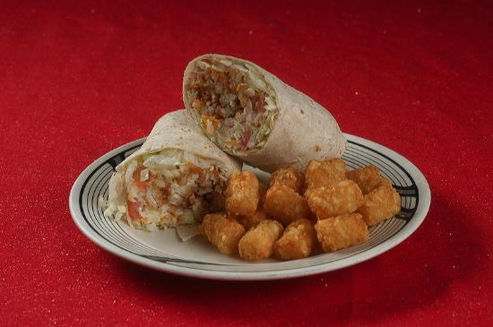 Village Inn Pizzeria: Chicken Ranch Wrap