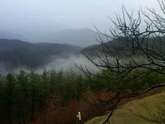 The Highlands Condominium - TEMPORARILY CLOSED: Smoky Mountains in the late fall