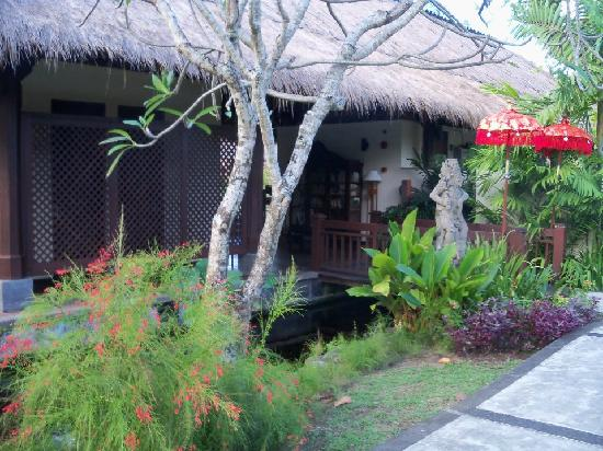 Patra Jasa Bali Resort & Villas: The Beautiful Patra