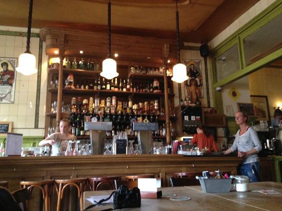 't Loosje: The Bar