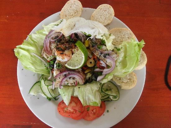 Lacbaai: International cuisine