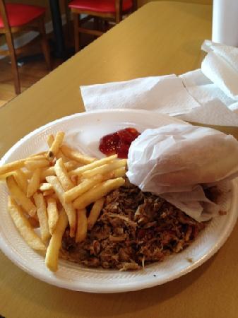 Pork N Beans: pork sandwich plate