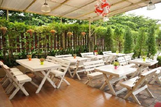 Regent Suvarnabhumi Hotel: Restaurant-Outdoor