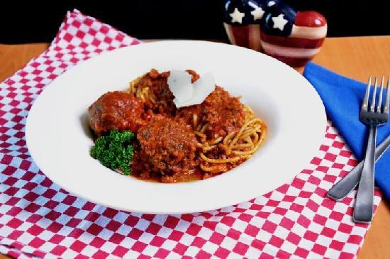 Brooklyn Restaurant: Spaghetti Bolognese with Meatballs
