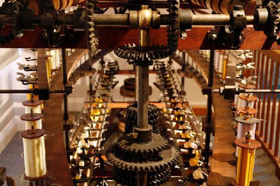 Atelier musee de la soie : moulinage