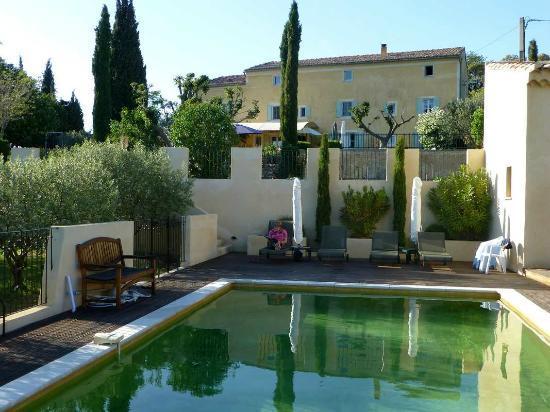Le Mas de la Lause: Hotel mit Schwimmbad/ Hôtel avec piscine