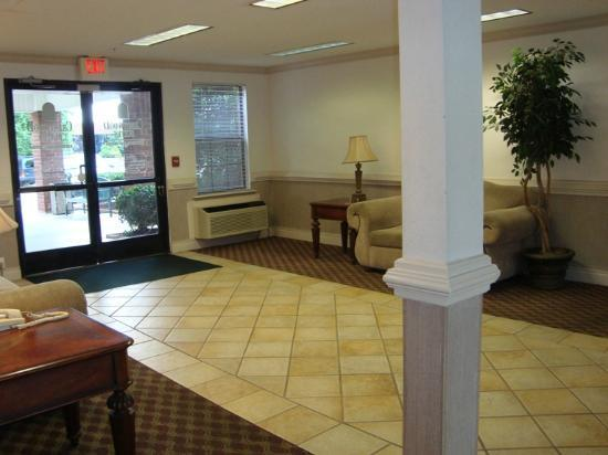 Nashville/Madison Extended Stay Hotel: Lobby