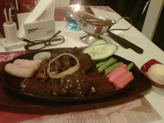 Boncafe Steak & Ice Cream: my meal