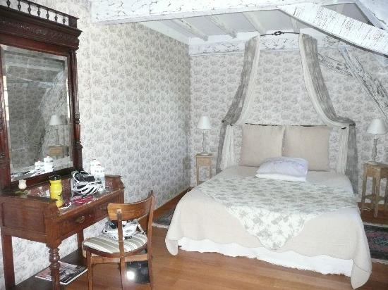 Ferme Prevost de Courmiere : Pretty and romantic wallpaper