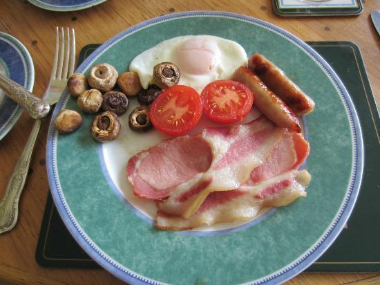 Merzie Meadows: Breakfast
