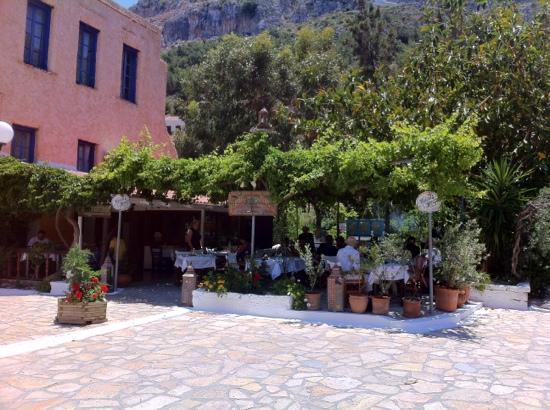Wie In Der Guten Stube Picture Of Olive Garden Kastellorizo Tripadvisor