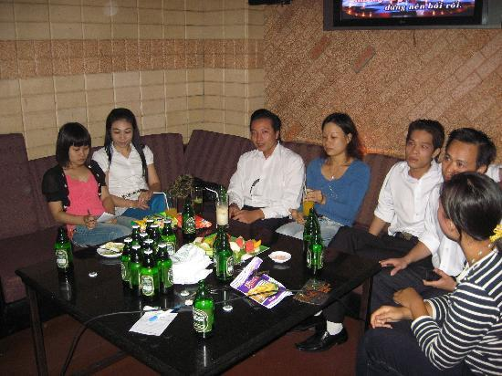 Karaoke bar in vietnam without sound low res 9