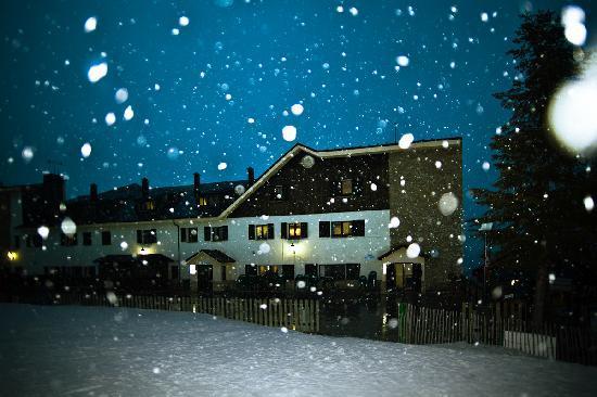 SERHS Ski Port Del Comte Hotel: Hotel Noche