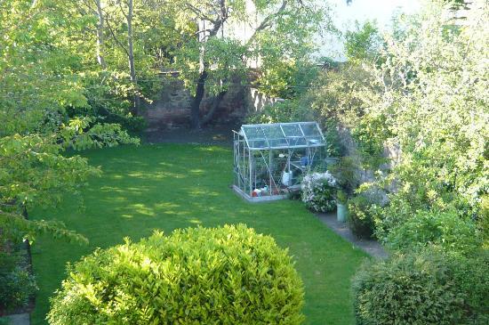 ذا ساليزبيري هوتل: Garden