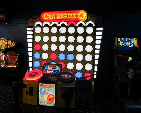 LazerPort Fun Center: Huge Connect 4 Game