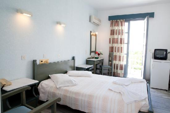 Polos Hotel: Double Room