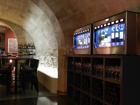 Verre o Vin : With our machines, 16 references by the glass all the time !