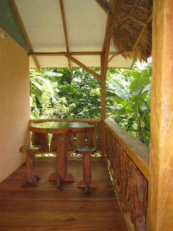 Manu Yoga Village : small deck on rooms