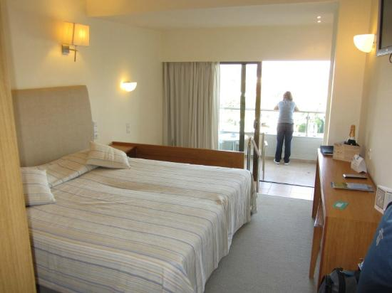 Agapi Beach Hotel: Room