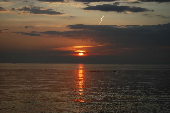 Sol Umag: Sonnenuntergang