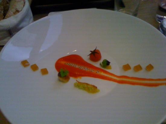 TIAN Experience Taste: Gazpacho Teller leer