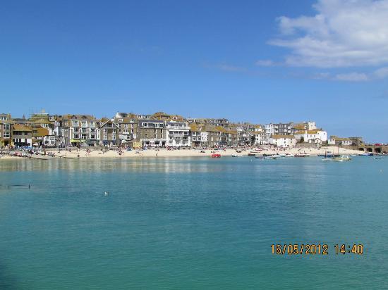 سانت آيفيس, UK: looks like tide is in
