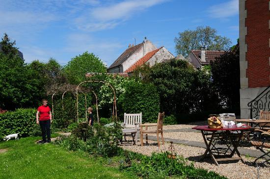 La Grande Maison : garden area