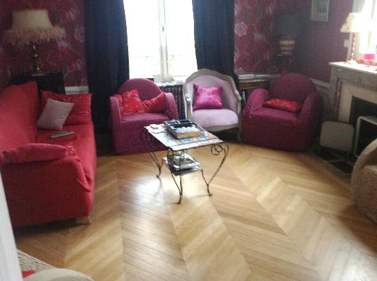 La Grande Maison: Living room