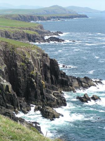 The Old Bank Bed and Breakfast: Sleah Head Drive (Ireland's answer to Calif 17 ml Dr)