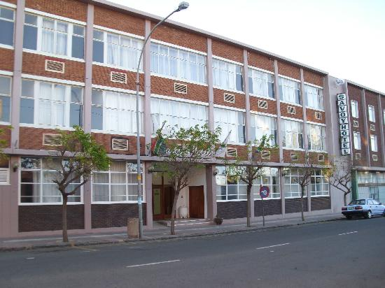 Savoy Hotel and Conference Centre: Savoy Hotel Kimberley - front