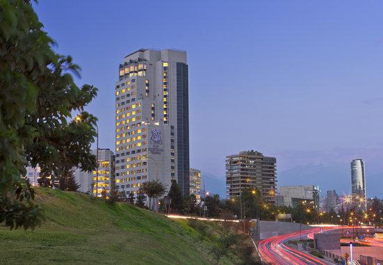 San Cristobal Tower: Exterior