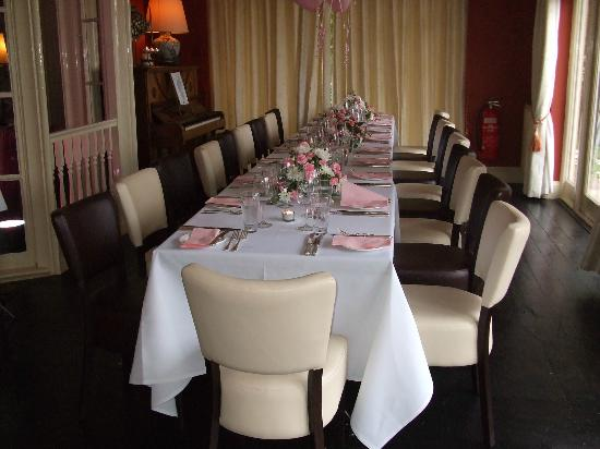 Restaurant at Orestone Manor: our table all ready for the family