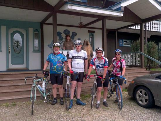 Blue Gentian Lodge : We go for the biking!